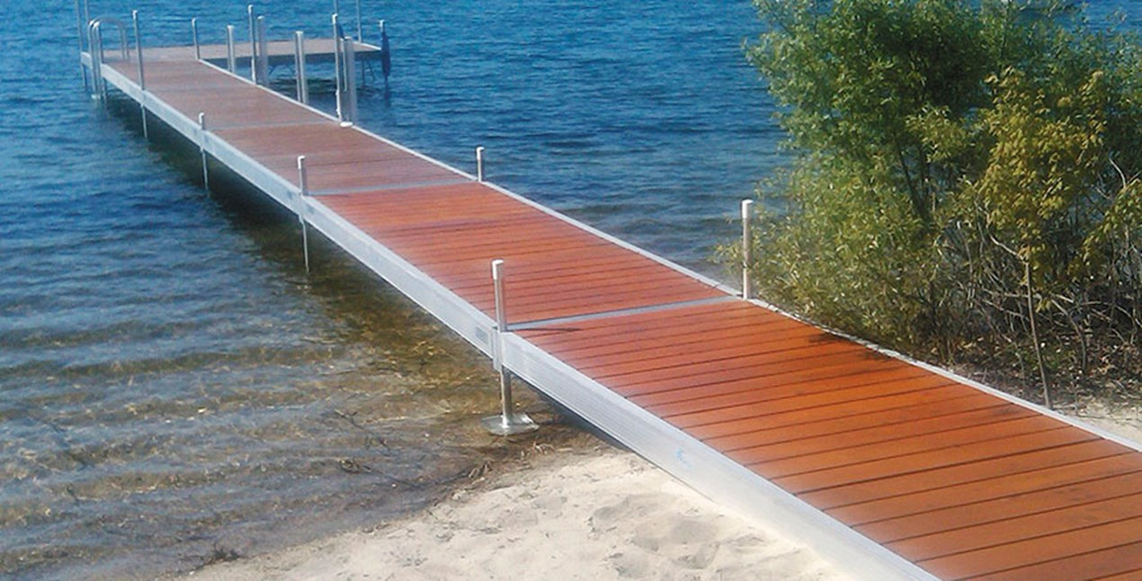 Classic Dock with Cedar